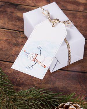 vianočné visačky menovky so snehuliakom