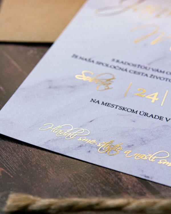 Minimalistické metalické svadobné oznámenia, zlatá metalická potlač